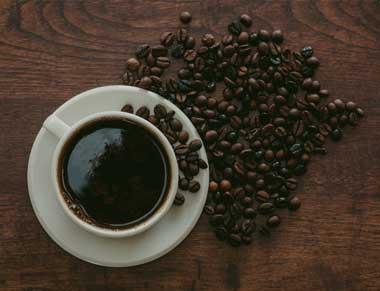 guia taza de cafe en placa vitrocerámica inducción